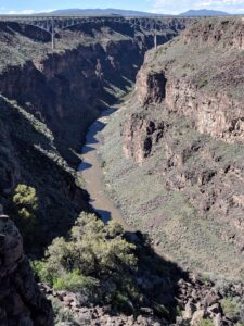 Tourism, tourist, NM, New Mexico, RV life, Hike, Nature, water, river, Rio Grande,