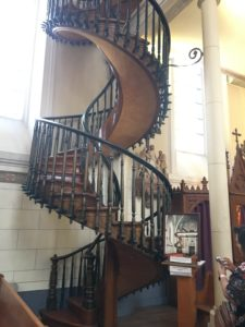Church staircase, Engendering, Art